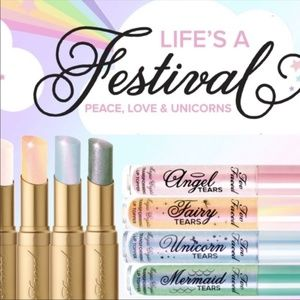 TOO FACED LA CREME MYSTICAL EFFECTS LIPSTICK